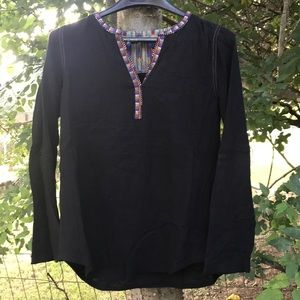 XS Anthropologie tunic top embroidered neck